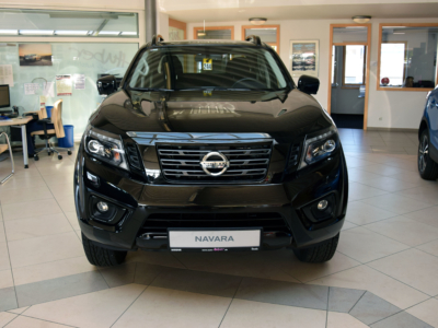 Navara DC 4×4 AT – N-Guard